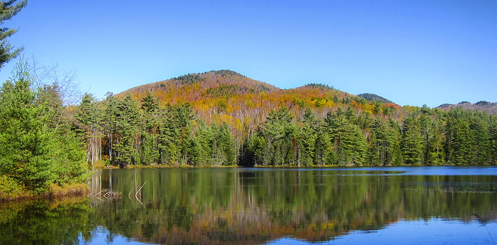 Adirondack Lakes and Ponds: Wolf Pond in Ray Brook near Lake Placid (18 October 2017).
